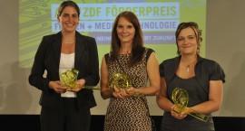 Die Preisträgerinnen des ARD/ZDF Förderpreises »Frauen + Medientechnologie« 2013: (von links nach rechts) Stefanie Nowak (1. Preis), Ramona Haas (2. Preis), Franziska Rumpelt (3. Preis)Foto: ARD/ZDF Förderpreis »Frauen + Medientechnologie«/Claudius Pflug